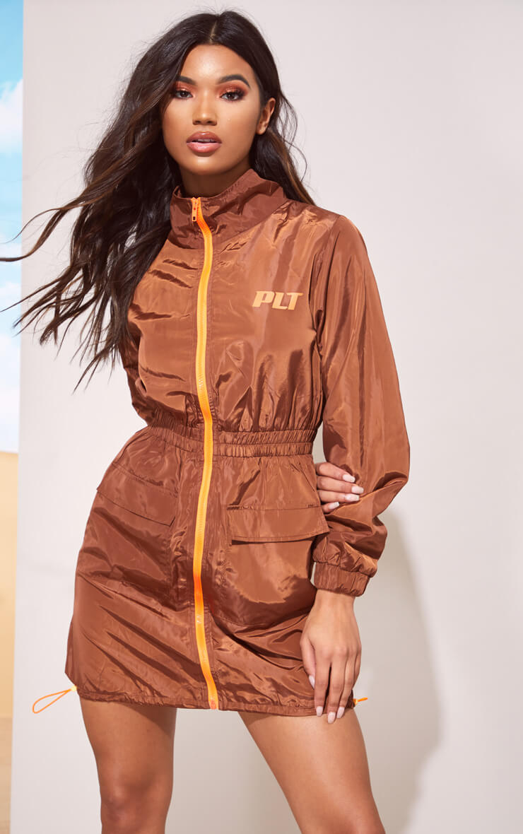 PLT TOFFEE SHELL SHIFT DRESS