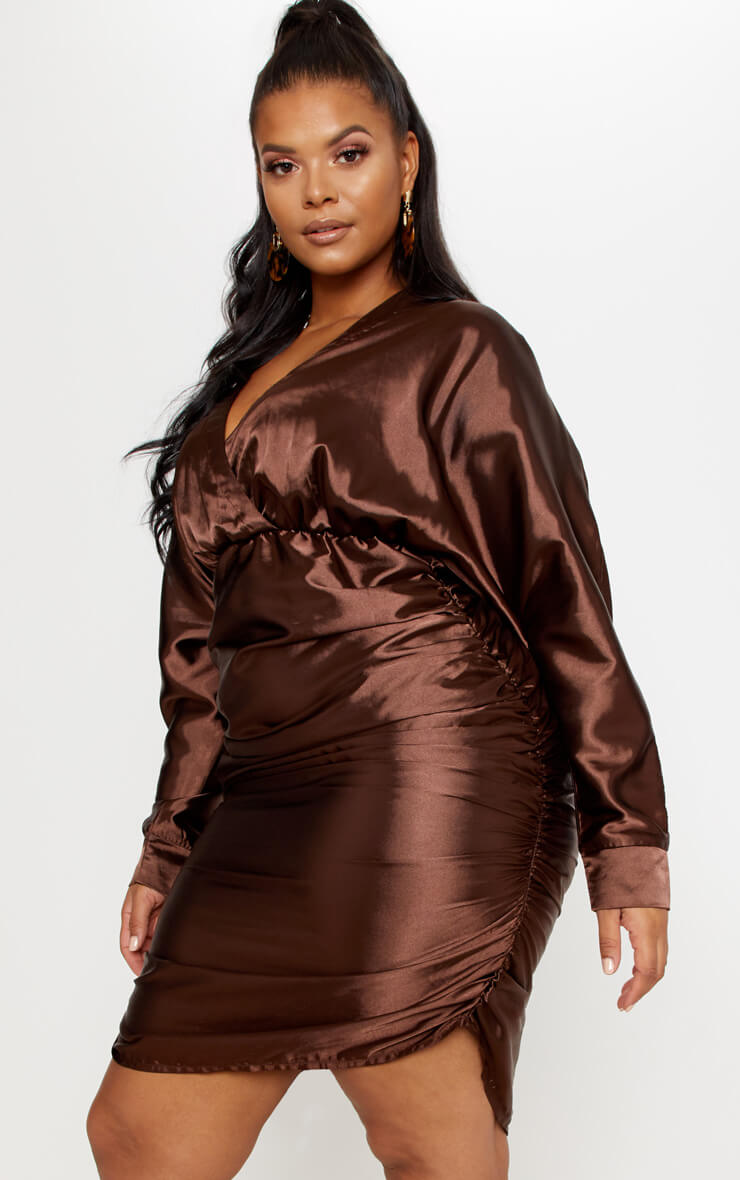 Robe froncée marron chocolat