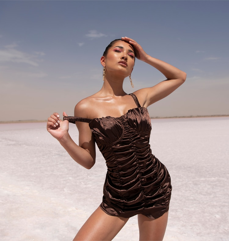 Desert Dreams Lookbook Image 5 Mobile