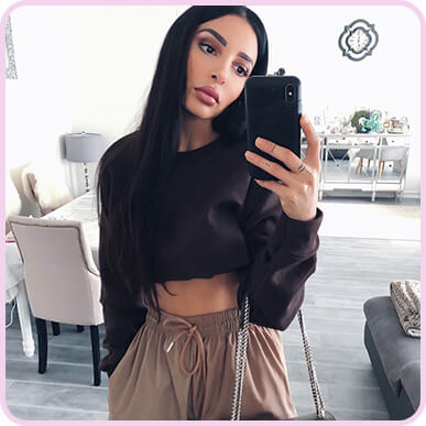 @sananas2106 CHOCOLATE ULTIMATE CROP SWEATER