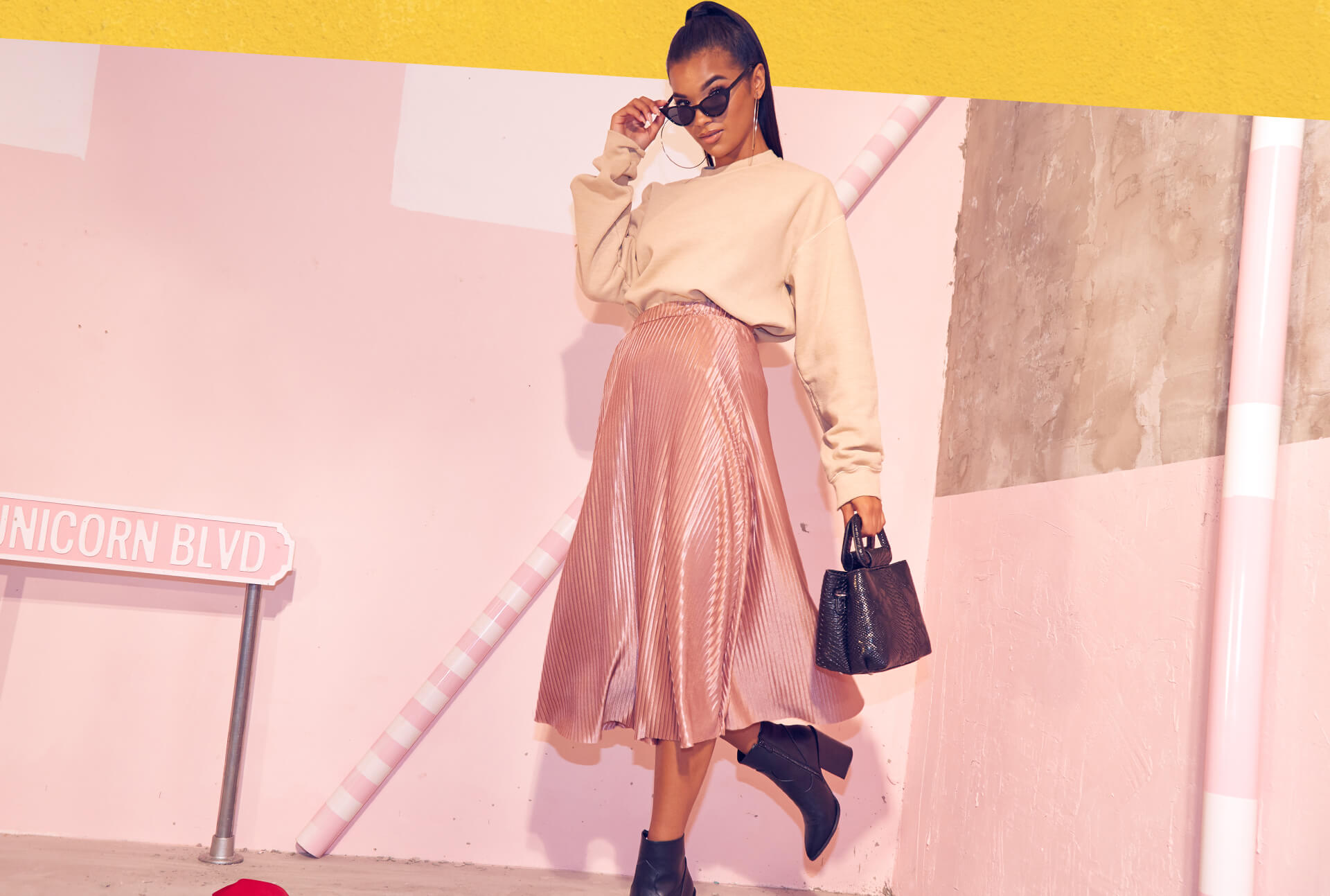 Workwear Shoot 5 Beige Sweater & Light Pink Midi Skirt Desktop